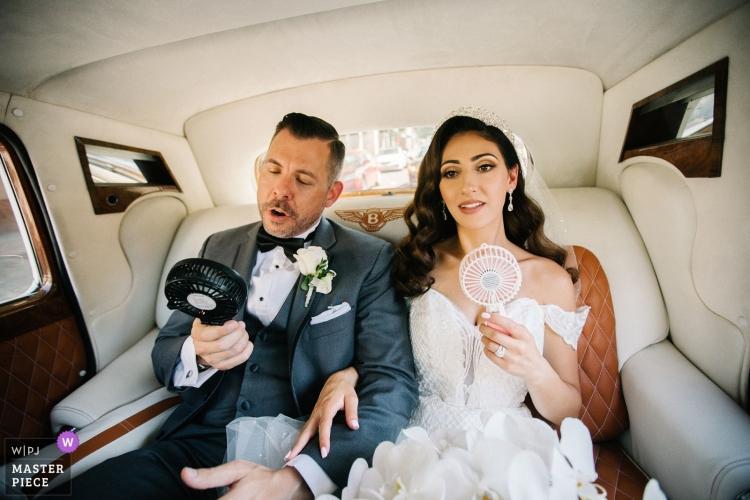 wedding-photographer-2498106 (1)